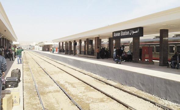 أسعار ومواعيد القطارات بين قنا وأسوان