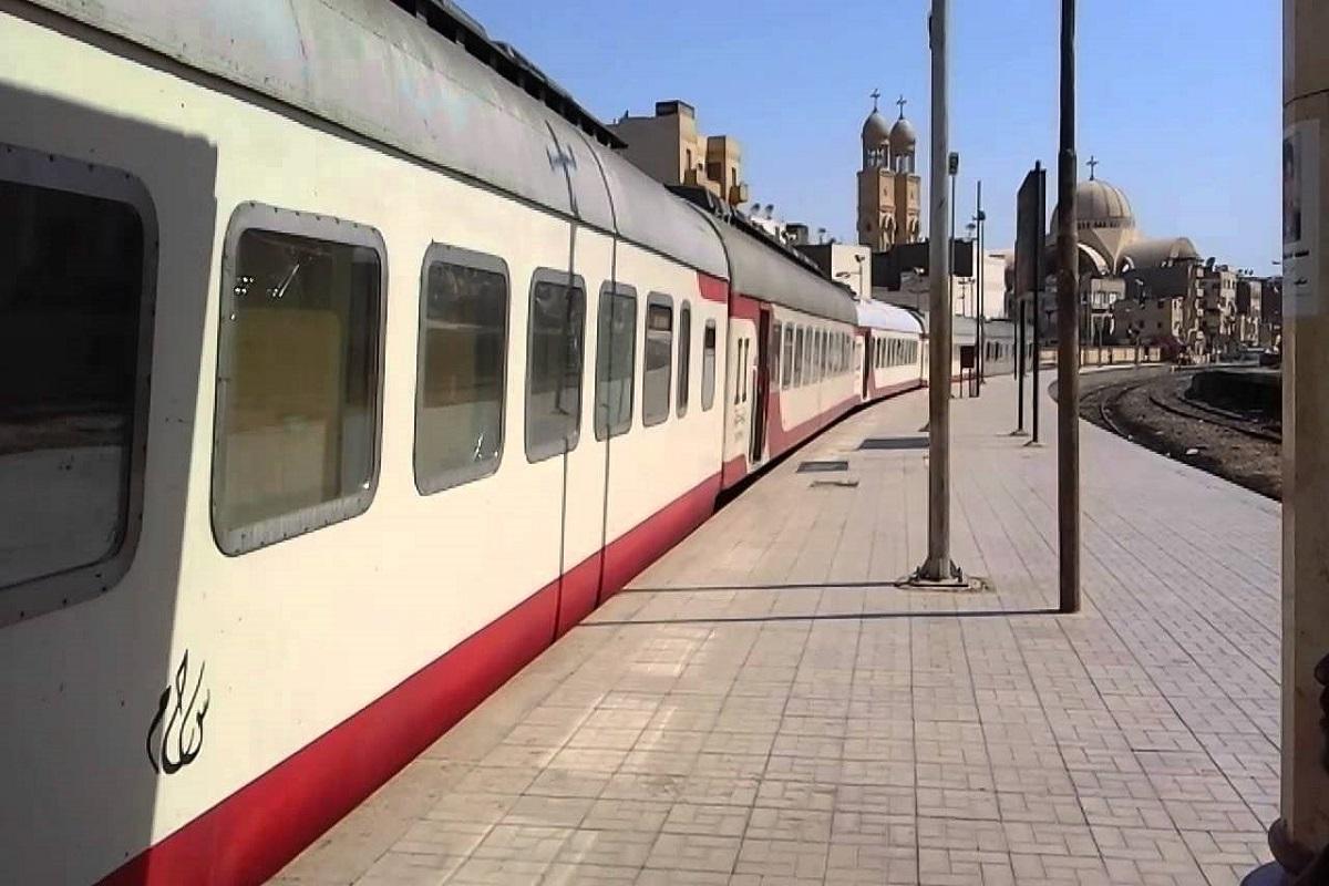 أسعار ومواعيد القطارات من سوهاج إلى الجيزة 2019