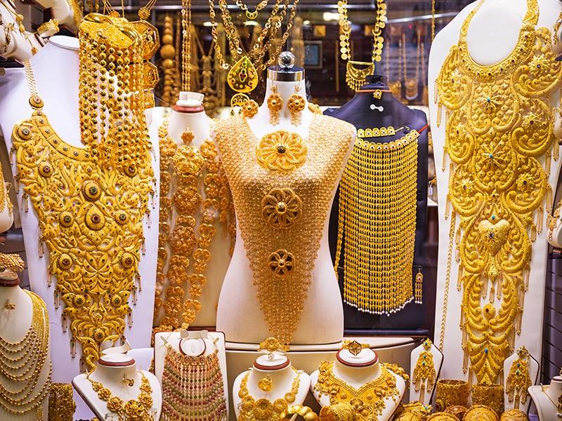 أسعار الذهب اليوم في الإمارات مع المصنعية